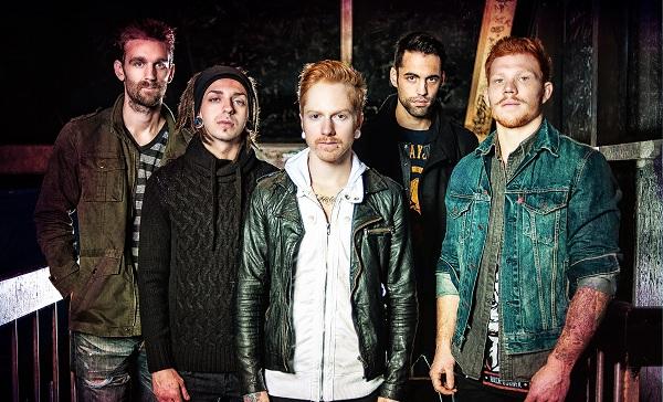 askylitdrive announce new album rise banner Lío en A Skylit Drive tras la salida de dos integrantes