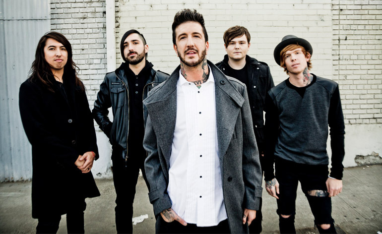 OMAM Of Mice & Men cancela sus shows hasta 2016