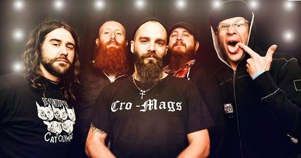 2014 killswitch engage Killswitch Engage se vuelca contra la violencia de género